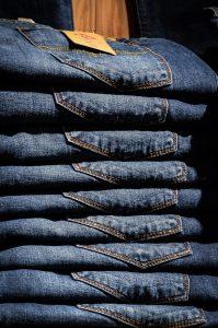 Jeans pliés